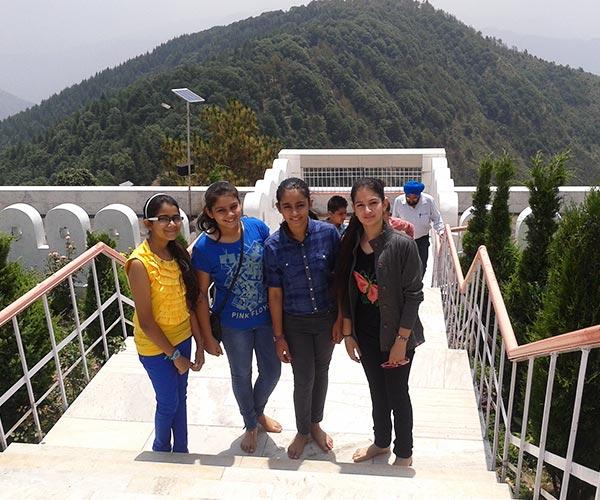 Shimla-Kufri-Chini Bungalow-Chail