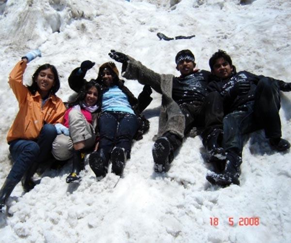 Manali-Rohtang Pass-Manikaran-Shimla-Kufri-Fagu
